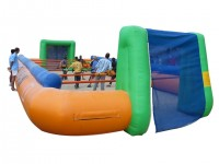 Location Baby foot humain géant en structure gonflable